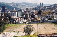 Yuri Martins Fontes / Equador-2001 / Quito: Futebol e vista do centro / Antiga capital inca junto com Cuzco
